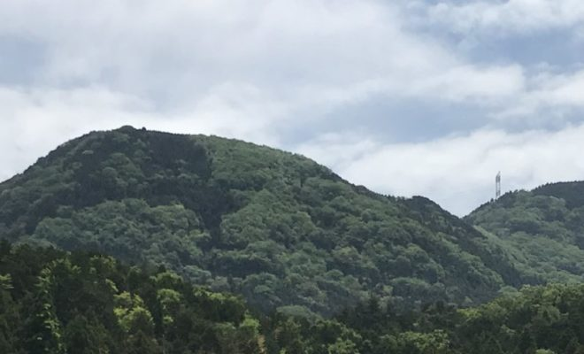 鎌刃城遠景