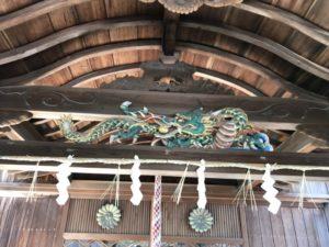 八幡神社 木彫りの龍