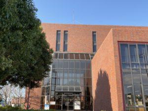 伊勢崎市立図書館