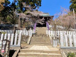 筑波山神社・拝殿への階段