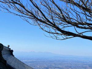 女体山頂から見える日光及び赤城山