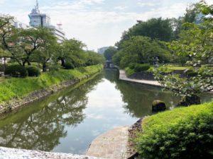 富山城 松川