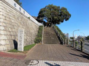 本覺寺への道