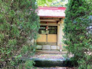 女塚史跡公園 神社