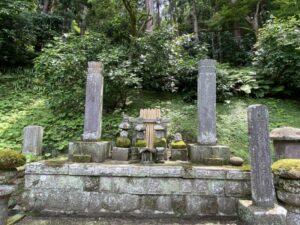 比企一族の墓所 妙本寺