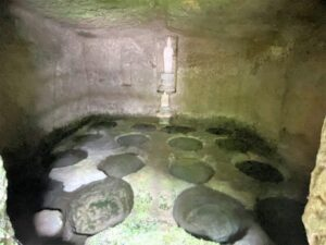 「十六の井」
