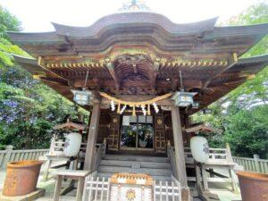 白幡神社 社殿